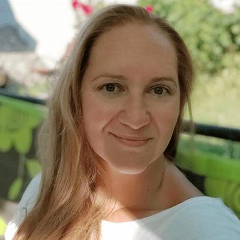 Olga Petrik